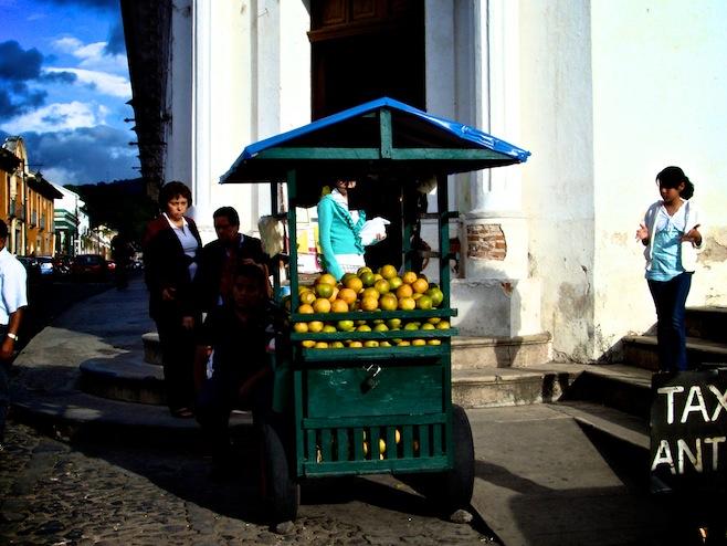 GUA Antigua Vendor