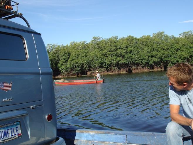 GUA Car Ferry3